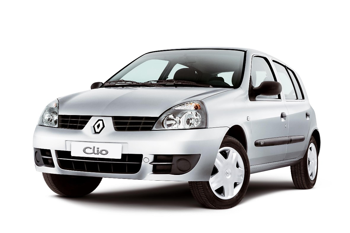 Renault Clio or Similar  <br> (Group C)